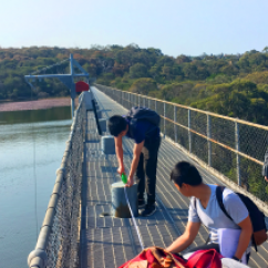 2017 Advanced Water Engineering field trip to Manly Dam 3