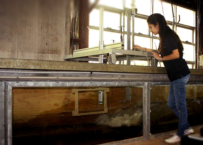 Laura undertaking a test in WRLs wave flume