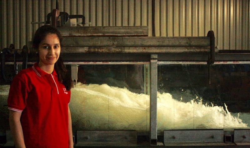 Laura Montano and her flume experiment on the effect of inflow conditions on the air-water flow properties in hydraulic jumps.